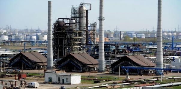 Ремонт антикоррозионной защиты дымовых труб и холодильников установки АВТ-8  производства №1 ОАО «Газпромнефть-ОНПЗ»